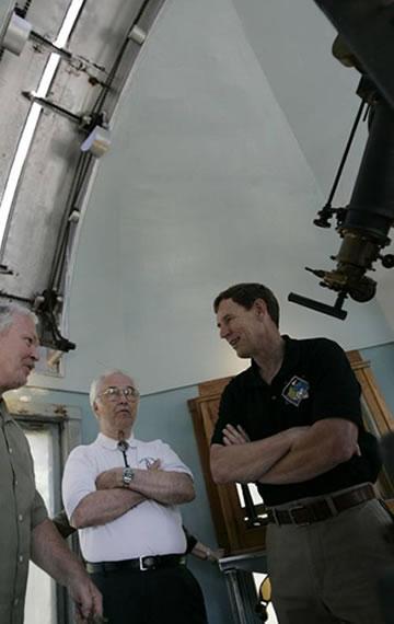 U-46 Planetarium & Observatory